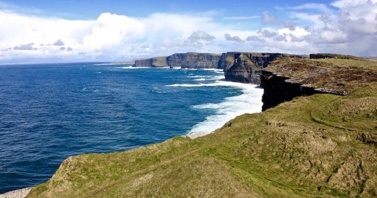 Instagram Roundup: Rainy Roadtrip Reunion in Ireland