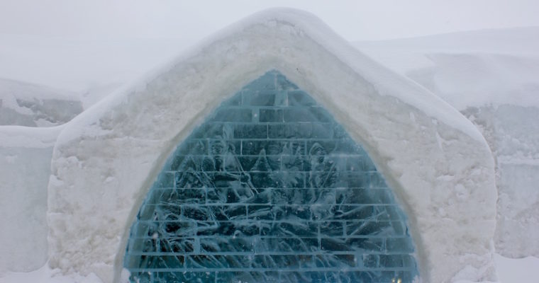 13 Photos that Will Make You Want to Visit the Hôtel de Glace this Winter
